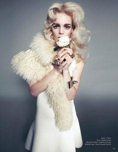 Niki by Federica Putelli #fashion #photography #inspiration