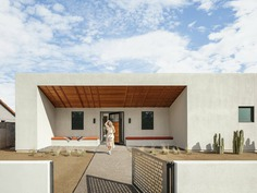 Modern Courtyard Home in the Heart of Phoenix, Arizona