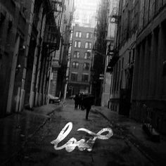 l o w - Designers.MX #city #album #blur #script