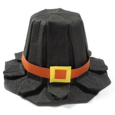 How to make an origami pilgrim hat for Thanksgiving (http://www.origami-make.org/howto-origami-thanksgiving.php)