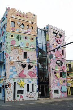 Bright Building in Brunswick Happy home Rizzo #art #architecture #bright buildings #exterior art