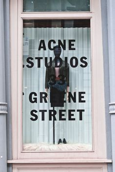 What's in Store | Acne NYTimes.com #fachada