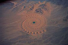 Desert Breath: A Monumental Land Art Installation in the Sahara Desert