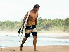 Resultado de imagem para surfista