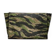 T82 | T82 Tiger Stripe Camouflage Document Holder #camo #camouflage #portfolio #clutch #product #gentleman #case #document #fashion #bag #tiger #holder #pouch #stripe