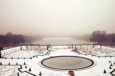 Shoot to remember. #versailles #france #winter