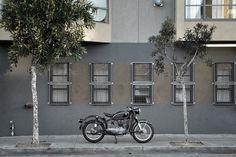 tumblr_l39e6iWhs61qau50i.jpg (500×333) #black #motorcycle #rides