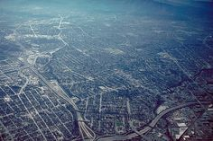 File:San Jose California aerial view south.jpg - Wikipedia, the free encyclopedia #urban #sprawl #aerial #city #photography