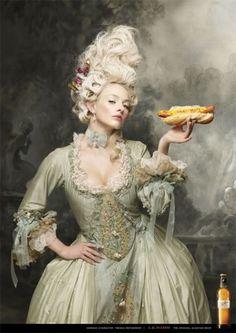 Natasha Lawes #woman #perruque #rococo #hot #dog