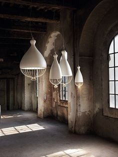 Rounded Ceramic Lamps