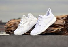 "nike air huarache 318429 111 white pure platinum08 570x400 Nike Air Huarache ""All White"" #nike #white #sneakers"