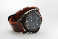 Great numbers. Simple and functional. #leather #watch