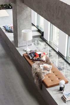 A Open and Multifunctional Living Space for the Fashion Brand Tkstyle Boutique 7
