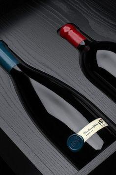 UNA - box | Flickr – Condivisione di foto! #bottle #packaging #wine #una #cibicworkshop #italy