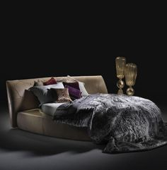 Artistic furniture luxury bed #accessories #artistic #collection #home #furniture #cavalli #art #roberto