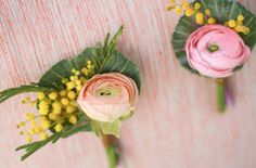 spring boutonniere diy #mini #paper #bouquet #flower #wedding