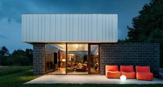 Retreat for Family in Upstate New York / J_spy Architecture