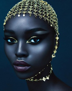 Vibrant Fashion and Glamour Photography by Desiree Mattsson