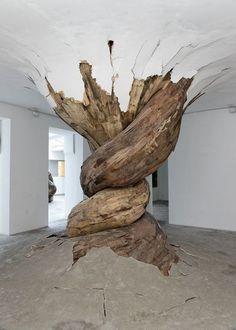 Wood installations by Henrique Oliveira | Digital Abstracts | Inspiration DE #art #wood #sculpture