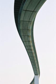 CJWHO ™ (なみはや大橋 by Jeremy McMahon Bridge in Osaka, Japan,...) #osaka #design #photography #architecture #bridge #japan