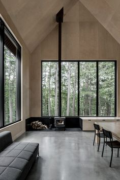 Grand Pic Cottage Hidden in the forest of Quebec 10