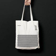@unoenunomobiliario #branding #identity #unoenuno #mutanteestudio #logo #totebag #simple #lines