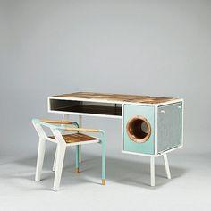 Soundbox desk