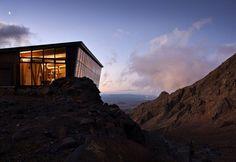 Cafe Knoll Ridge mountain landscape #mountain #architecture #volcano #caf