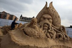 Sand Sculpture Festival in England #sculpture #sand #art