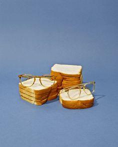 bread pedastals
