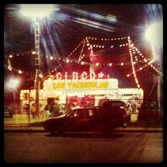 Circo los tachuelas - vintage staylah | Flickr: Intercambio de fotos #lights #circus #night #vintage #chile