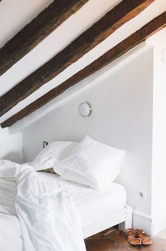 Bedroom. #bedroom #beam #wood