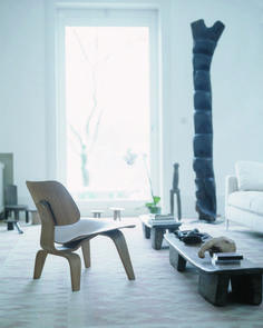 Intro: Eames by Vitra exhibition #wood #chair #minimalistic #clear