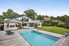 Modern Villa Design in Sweden Balancing Social Fun and Privacy