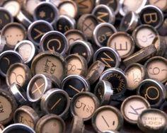 Typography / typewriter, keys #type
