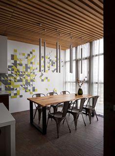 Vishnya Apartment in Kyiv / Sergey Makhno Architects