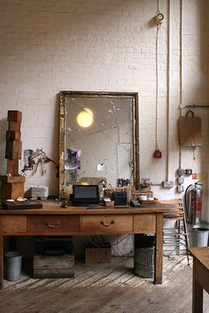 The Black Workshop #interior #mirror #design
