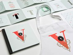 lg2_LaVittoria_01 #menu #identity #collateral #restaurant