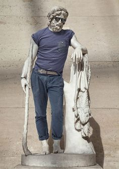 Classical Sculptures Dressed As Hipsters | Inspiration DE #classic #sculptures #art #hipsters