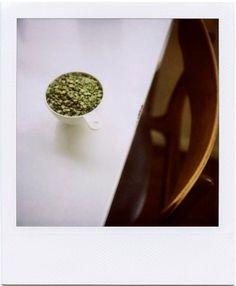 polasplitpeasontable-1.jpg 980×1189 pixels #chair #pot #food #polaroid #table