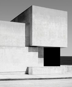 tumblr_lgafjcQKPk1qb68g6o1_400.png 392×474 pixels #cubes #white #black #architecture #and