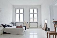 226305949995312060_W6EYPV24_c.jpg (554×370) #white bed