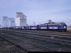 Canada Confederation Train #train #canada #1967 #confederation #purple #locomotive