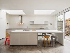 Highlever Road House by Haptic Architects