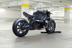 What do you think of this fantastic Neo-Racer DA#9 BMW RnineT?