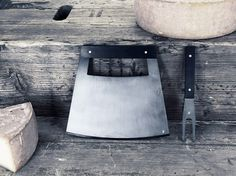 Cheese Knives — Hublot Genève : JACQUES-ELIE RIBEYRON — PRODUCT DESIGN #design #stools