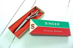 1950's Singer Pinking Sheers by Melindamilkshake on Etsy #packaging #etsy #vintage #scissors