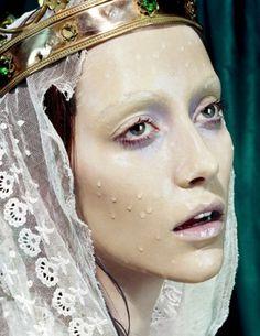 Miles Aldridge fotográfiái | hna design studio – belsőépítészet, lakberendezés, színtervezés, design #fashion #religion #advertising