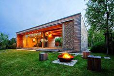 Holiday Cottage by Tóth Project Architect Office #design #architecture #hoooooomecom