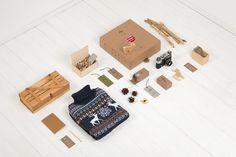 "Eskimo | http://eskimodesign.ru""Rebranding for online store Deerz. Main range of goods are sweaters and pullovers with Scandinavian #white #branding #packaging #identity #layout #winter"